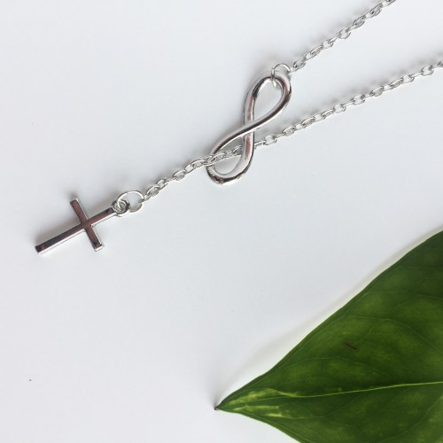 Collana Cross Infinity